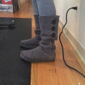 Ugg Classic Cardi boot in grey